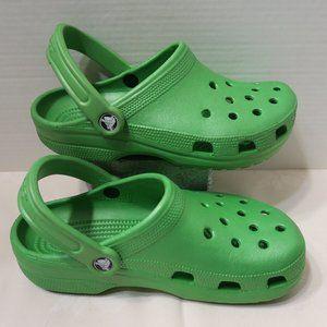 Crocs metallic green sandals M6 W8